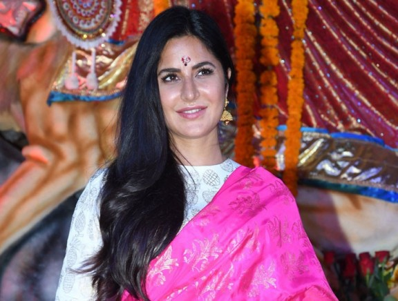 Bollywood Celebs at Durga Puja Celebrations