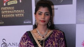 Chinmayi walks the ramp for Nazia Syed at CIFW 2014 Day 3