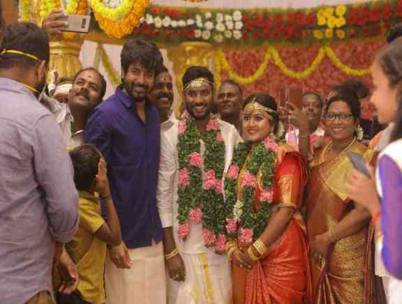 Director Bakkiyaraj Kannan Wedding Photos -  Photos Stills Images
