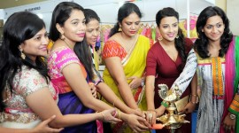 Jyotii Sethi Launches Styles and Weaves Life Style Expo