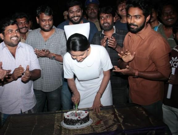 Mahima Nambiar Birthday Celebration at Ayngaran shooting spot