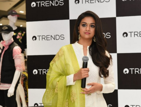 Reliance Trends - Formal announcement announcing Keerthi Suresh as Brand ambassador for south India for Trends Brand today at VR Mall, Annanagar, Chennai