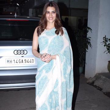 Though we love the saree, we don't think it matches the occasion Kriti is attending. Simple saree for a night event does not work for us - Fashion Models
