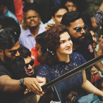 Honey Rose arrived for the inauguration of Kanichirakkal Mall in Kuttanad in this precise, navy blue lace dress - Fashion Models