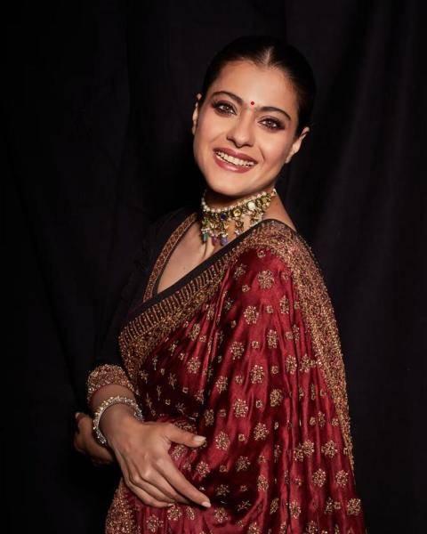 Kajol was spotted promoting Tanhanji on Christmas eve in this beautiful saree from Ritu Kumar - Fashion Models