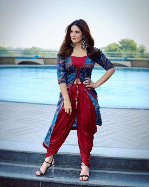 The Hate Story 3 girl was wearing a pair of black heels which have transparent heels - Fashion Models