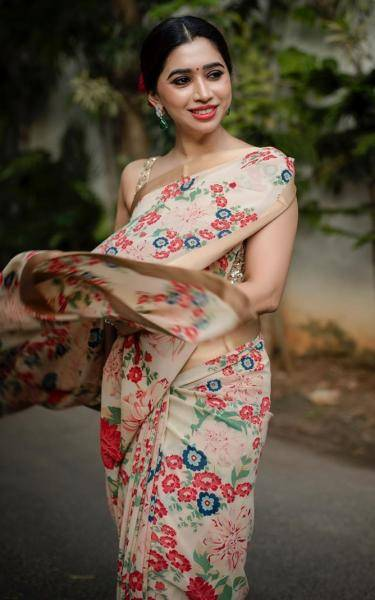 Jayam Ravi's better half recently attended a wedding in this pretty, floral saree from Sabyasachi - Fashion Models