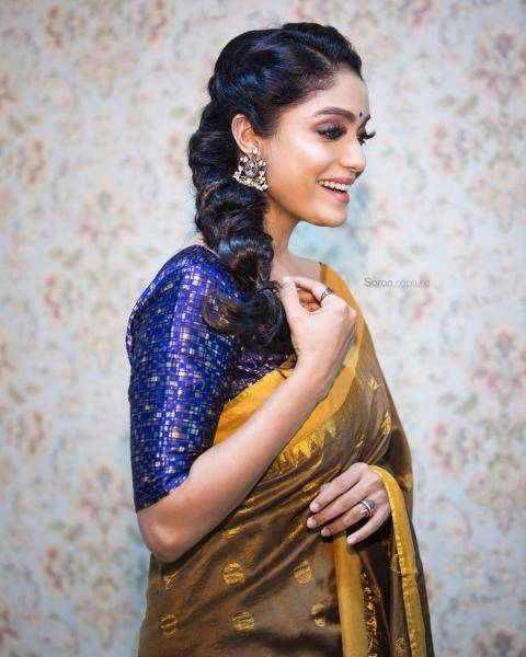 Hairstylist Jamuna Devraj earns some brownie points with that beautiful plait - Fashion Models