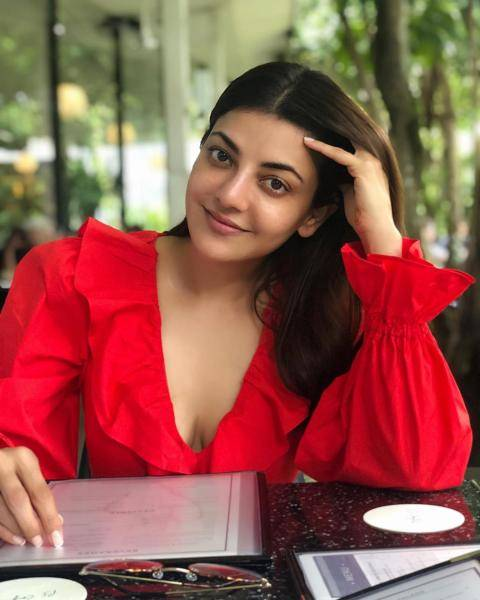 Kajal kept it simple with nude eyes and a simple lip colour - Fashion Models