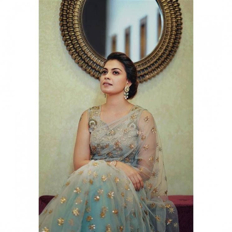 Anusree was seen at Bhama's wedding reception wearing this beautiful T&M Signature saree  - Fashion Models