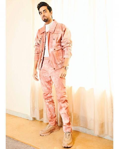 We wonder where stylist Isha Bhamsali picked up that cute watch - Fashion Models