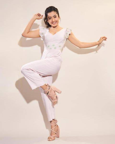 The simple pastel colours gives Rashmika a girl-next-door look - Fashion Models