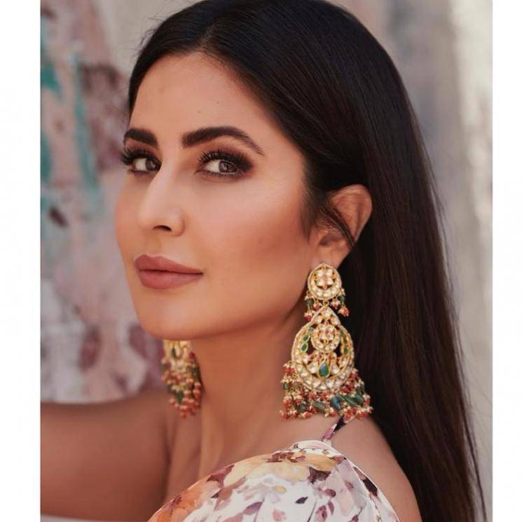 We wonder from where stylist Tanya Ghavri picked up those heavy and ornate danglers  - Fashion Models