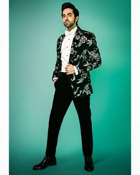 We wonder where stylist Isha Bhansali picked up those classic shoes - Fashion Models