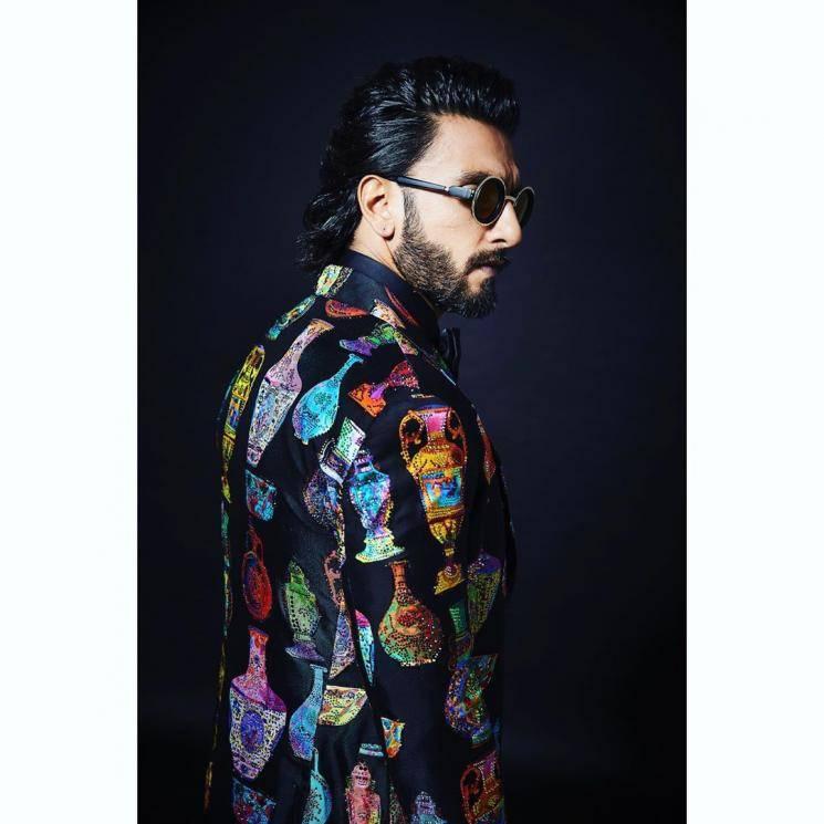 We wonder where stylist Nitasha Gaurav picked up those sleek coolers which keep it stylish - Fashion Models