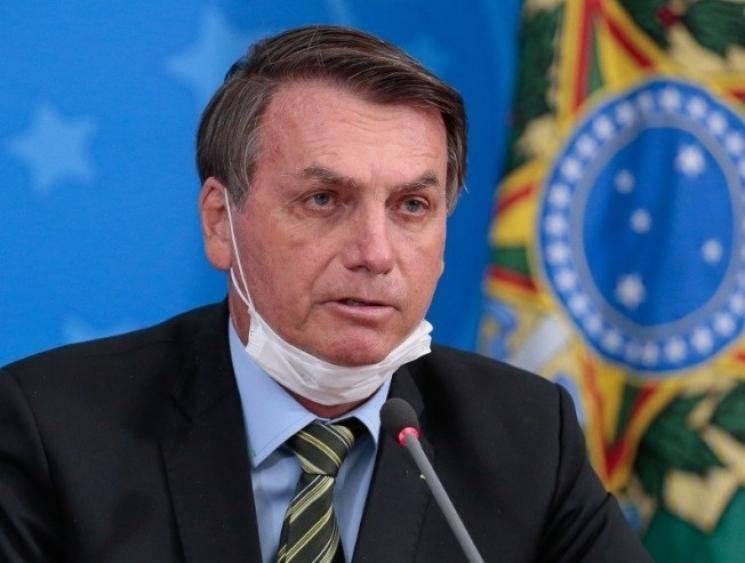 Brazil President Jair Bolsonaro announces he has tested positive for coronavirus - Daily Cinema news