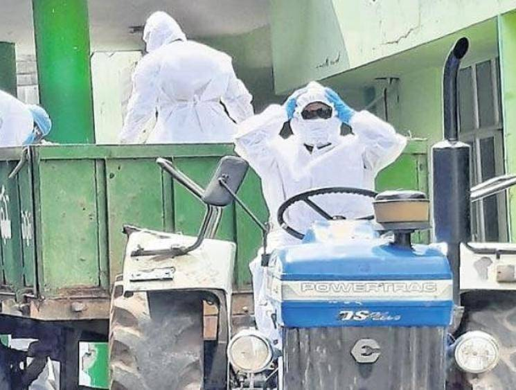 Telangana doctor drives tractor to bury coronavirus victim's body after driver backs out -