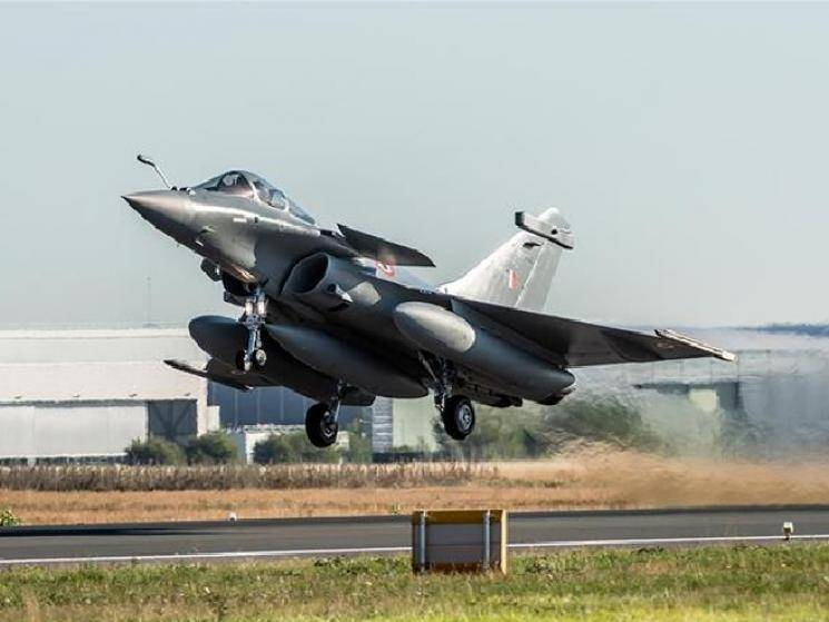 Pakistan worried that India getting Rafale jets will lead to arms race! -