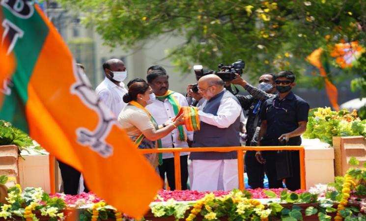 அனல் பறக்கும் தேர்தல் களம்.. குஷ்புவுக்காக வாக்கு சேகரித்த அமித் ஷா!