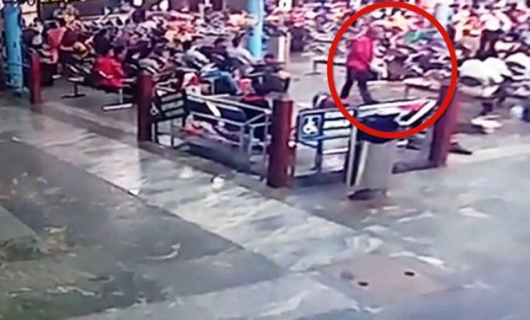 ரயில்வே நிலையத்தில் தூங்கிக்கொண்டு இருந்தவர் மீது கல்லை போட்டு கொலை! - Daily Cinema news