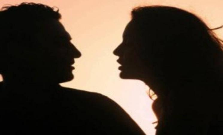தனிமையில் 70 வயது மணமகன்! மணமகளாக மாறி திருமண மோசடி செய்த 49 வயது பெண்! - Daily Cinema news