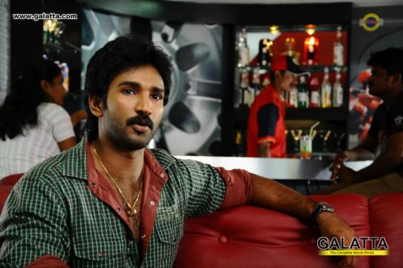 Aadhi - Photos Stills Images