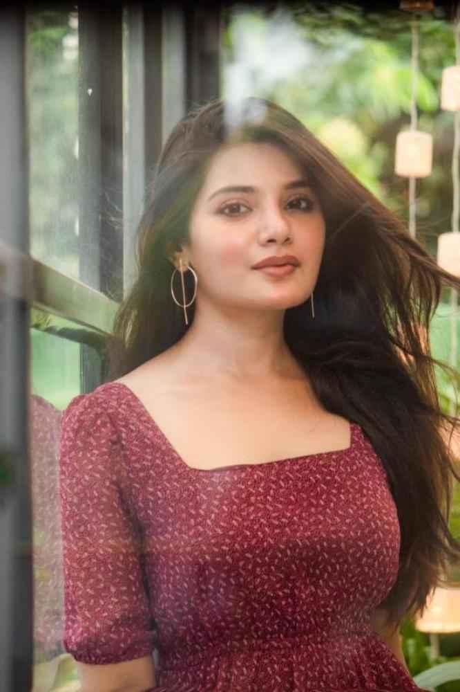 Aathmika actress images