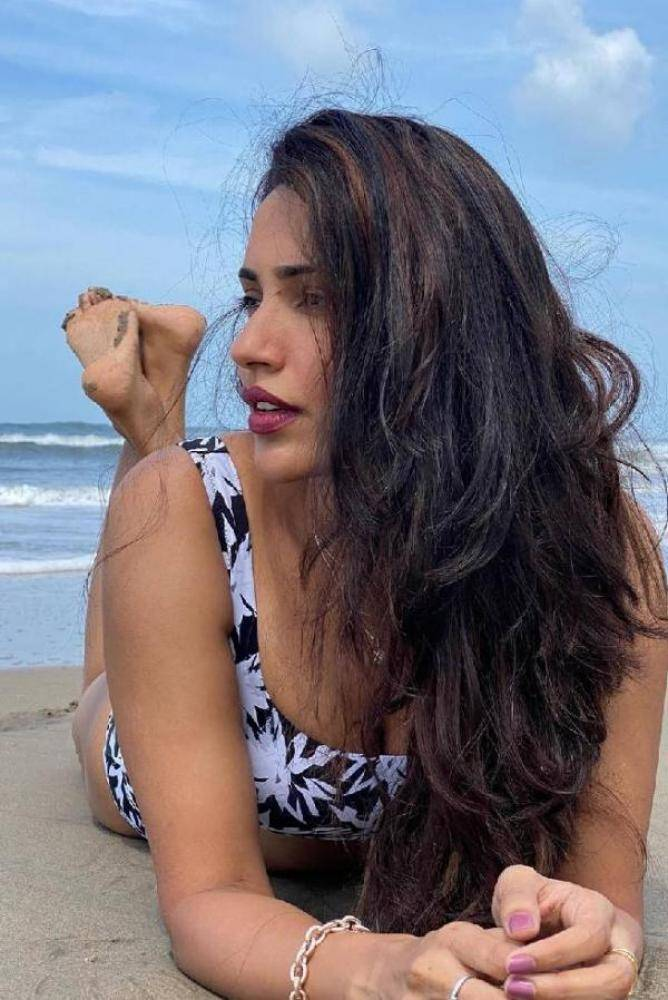Akshara Gowda - Photos Stills Images