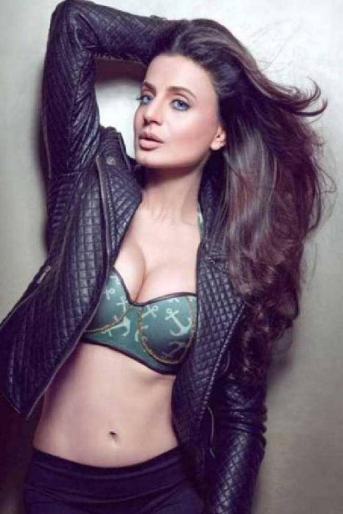 Ameesha Patel - Photos Stills Images