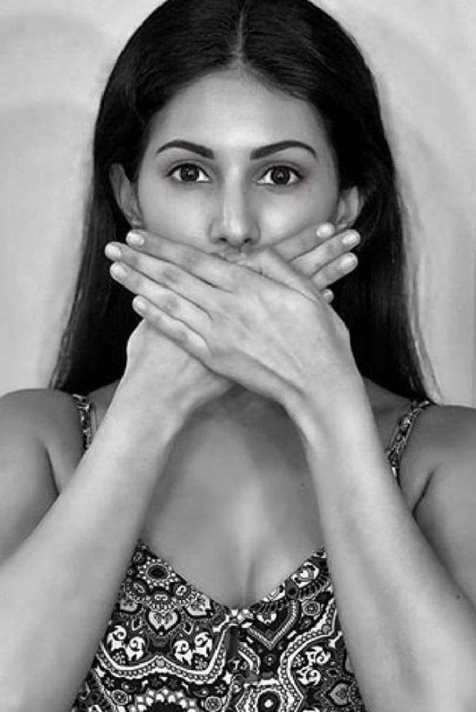 Amyra Dastur - Photos Stills Images