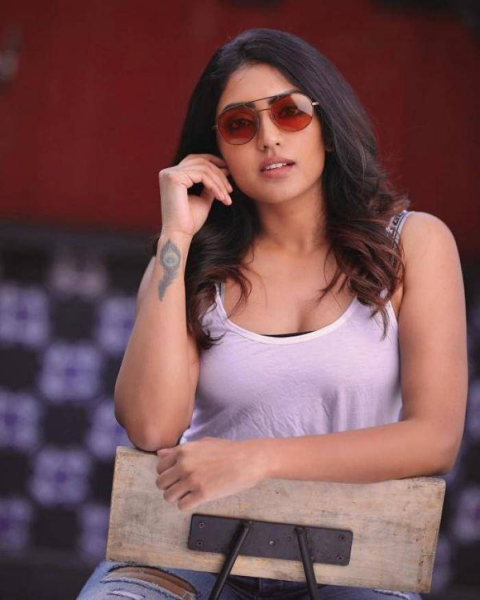 Eesha Rebba - Tamil Photos Stills Images