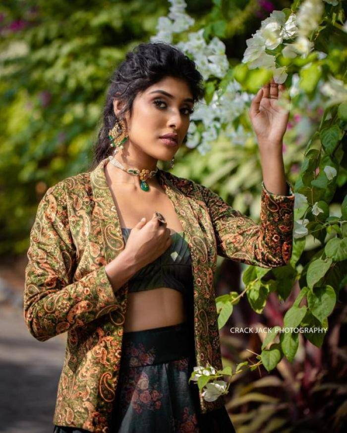 Gayathri Reddy - Photos Stills Images