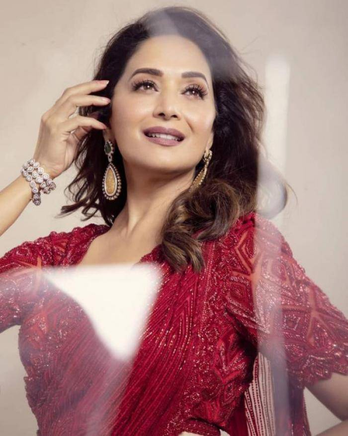 Madhuri Dixit - Tamil Photos Stills Images