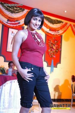 Malavika actress images