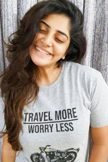 Manjima Mohan actress images