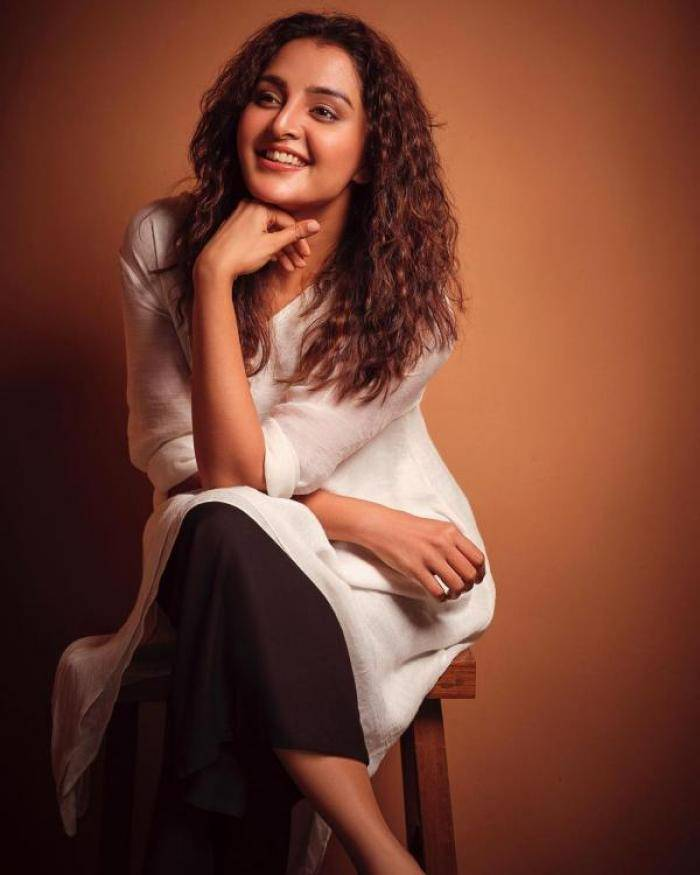 Manju Warrier - Photos Stills Images