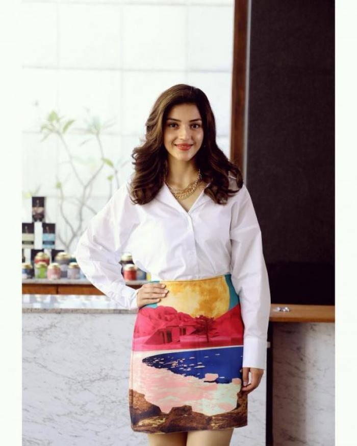 Mehreen Pirzada actress images