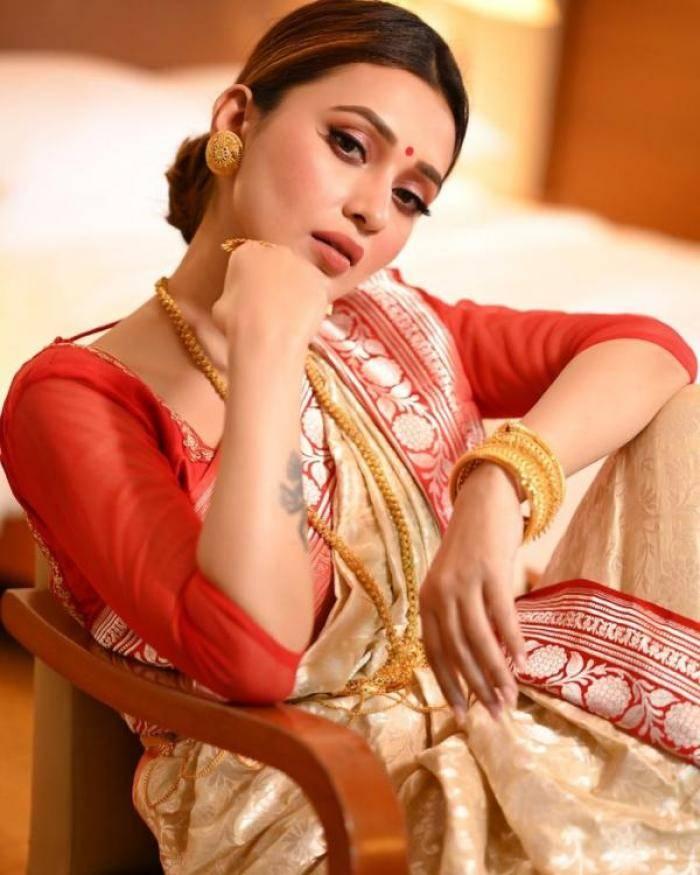 Mimi Chakraborty actress images
