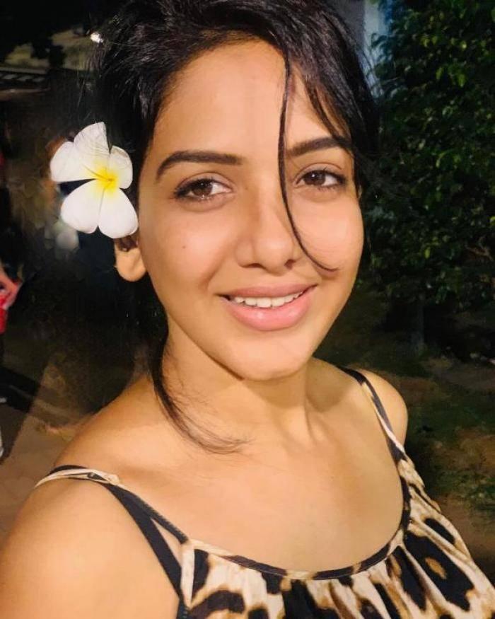 Pavani Reddy actress images