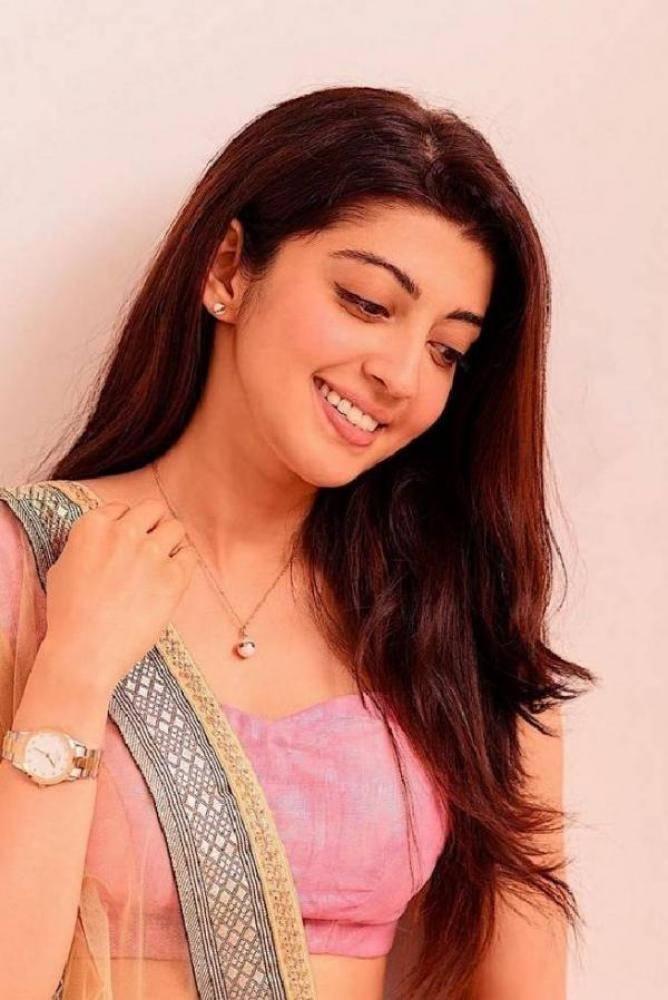Pranitha - Photos Stills Images