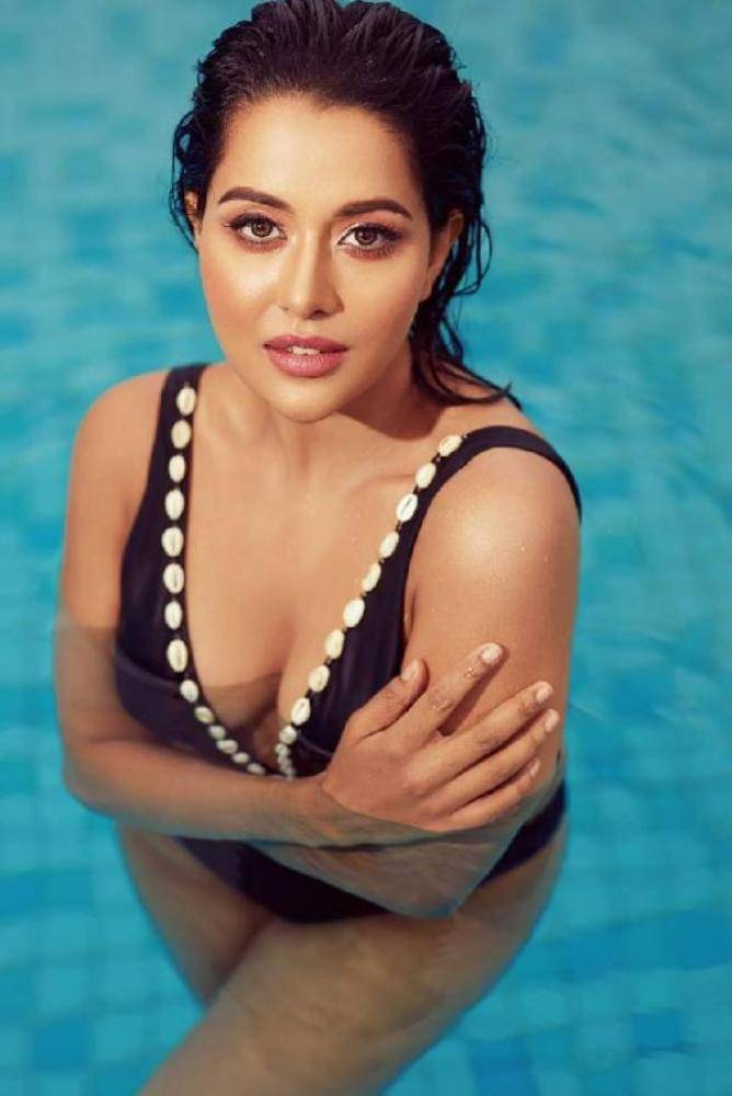 Raiza Wilson - Photos Stills Images