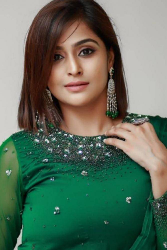 Remya Nambeesan - Photos Stills Images