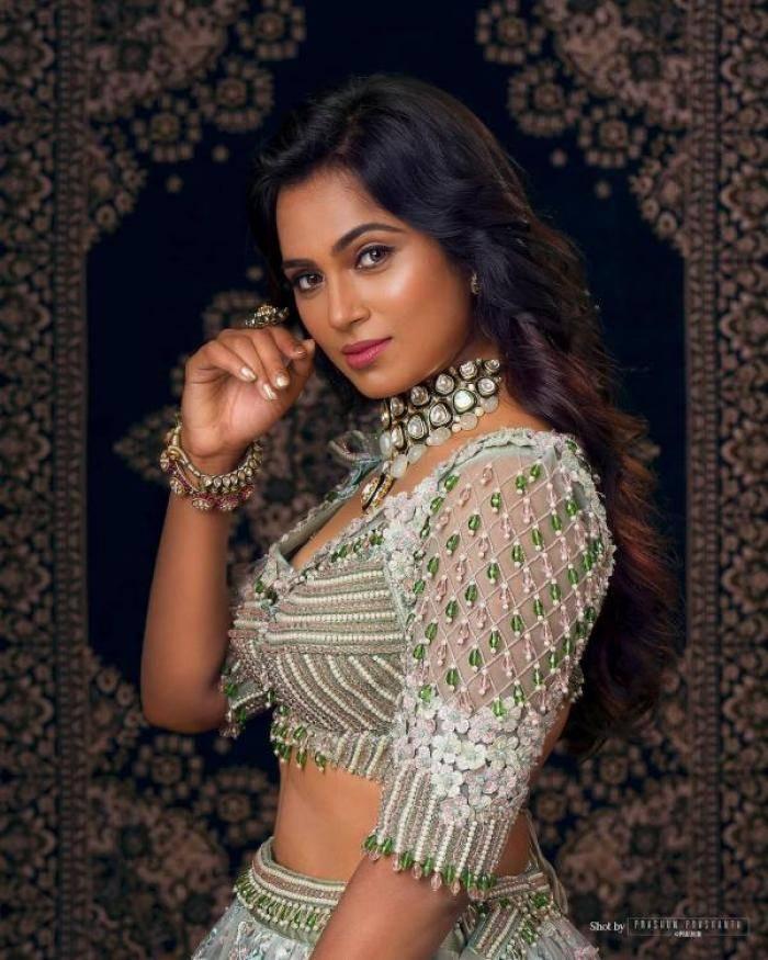 Ramya Pandian actress images