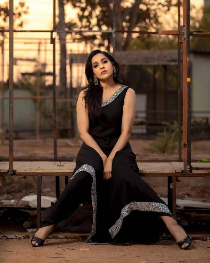 Rashmi Gautam - Photos Stills Images