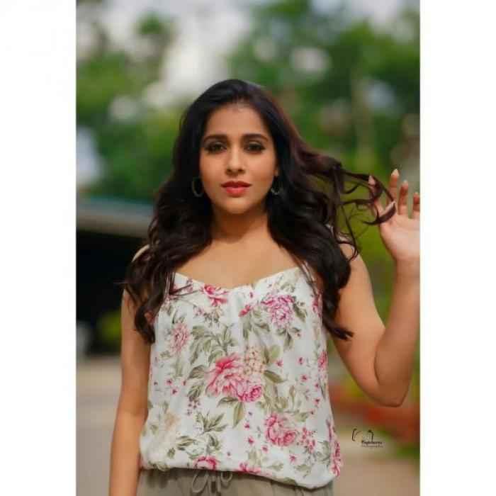 Rashmi Gautam -  Photos Stills Images