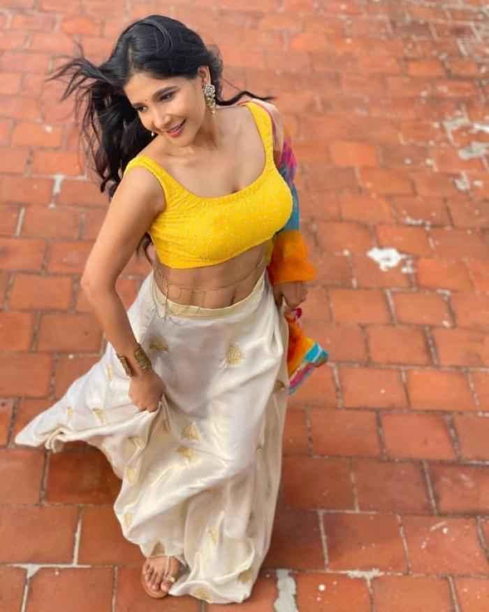 Sakshi Agarwal actress images