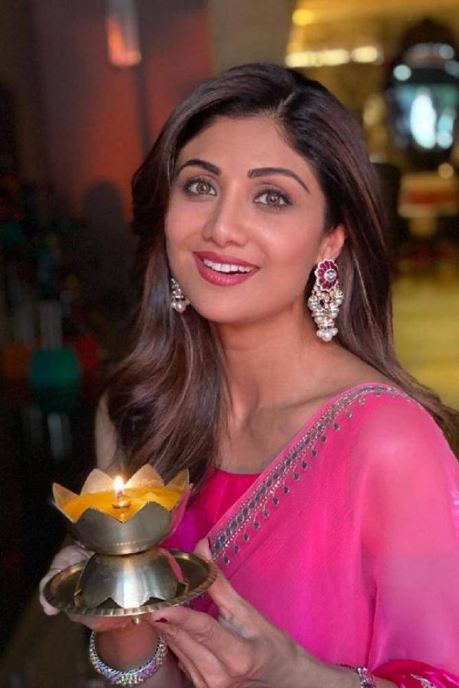 Shilpa Shetty - Tamil Photos Stills Images