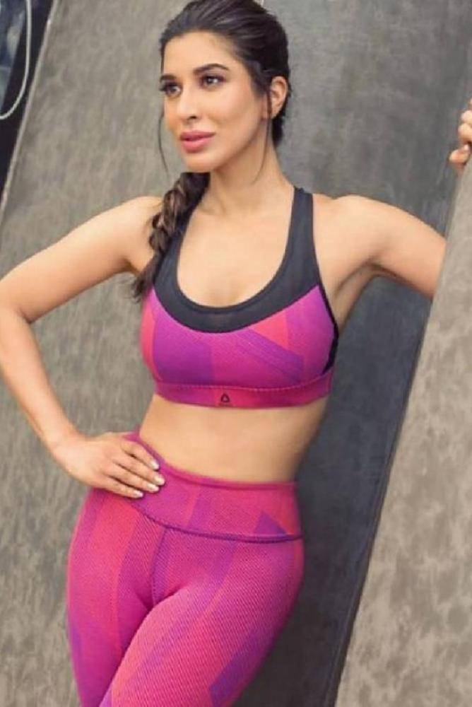 Sophie Choudry - Photos Stills Images