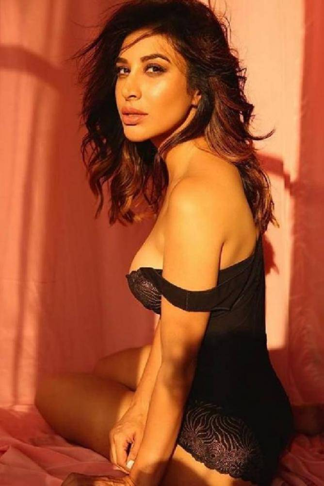 Sophie Choudry - Telugu Photos Stills Images