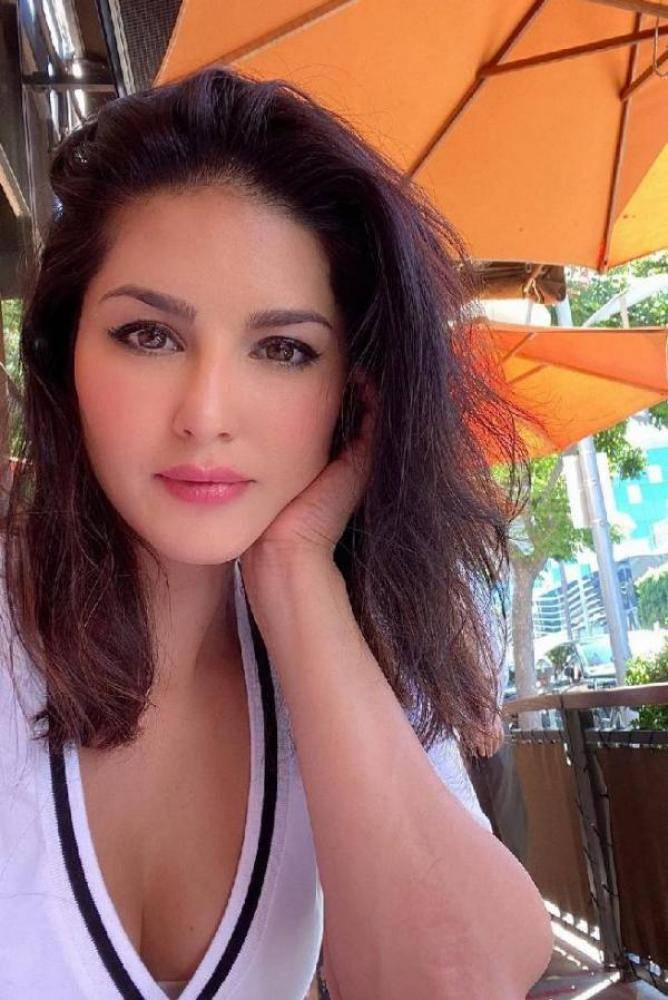Sunny Leone - Telugu Photos Stills Images